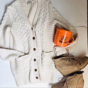 Gap XS Chunky Knit Off White Cardigan